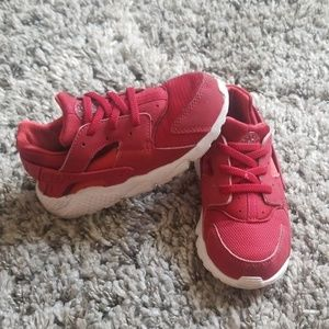 Huarache by Nike shoes size 10c